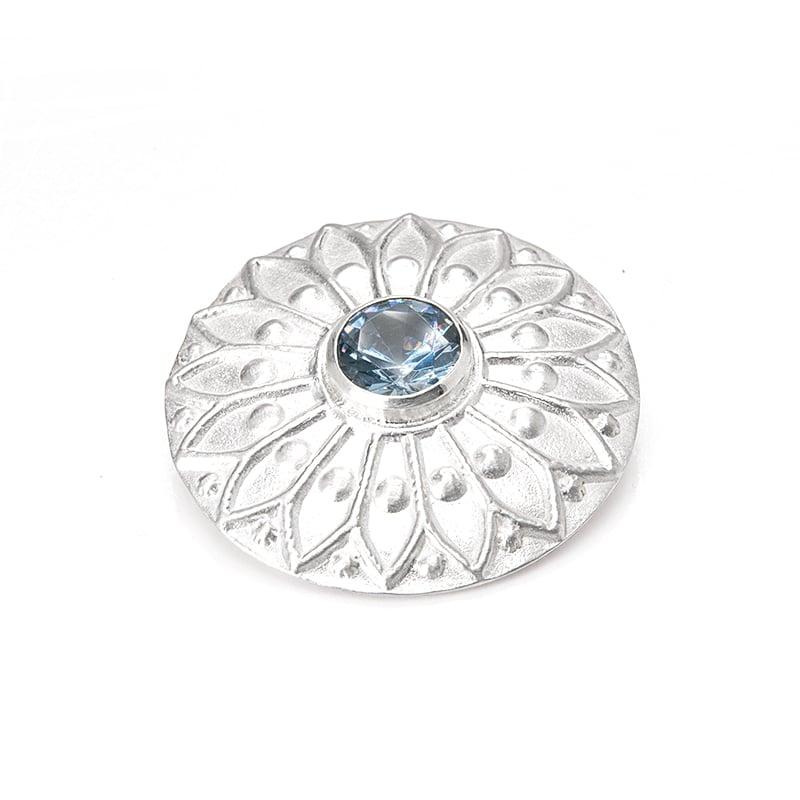 Ornamental pendant