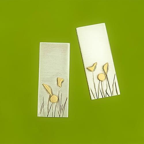 Ear studs with meadow pattern